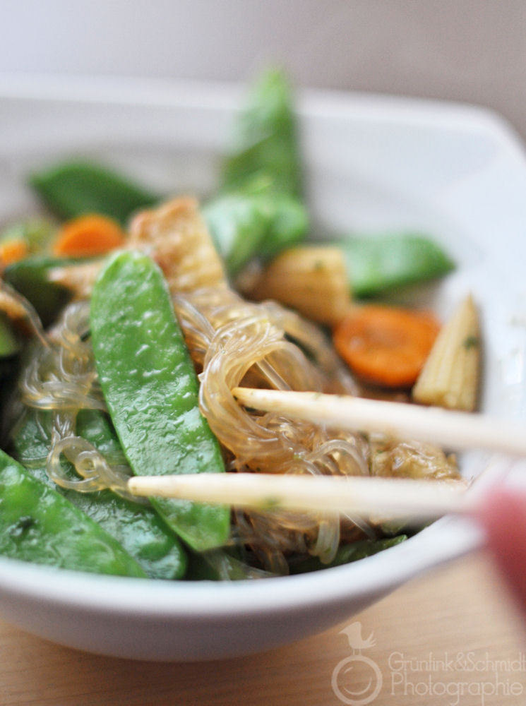 Snow Pea Stir-Fry with Tofu