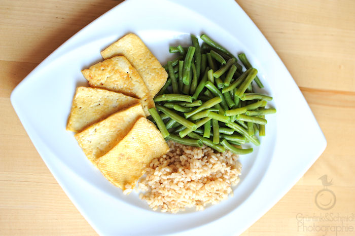 Buttered Green Beans, Garlic Roasted Rice and Crispy Tofu Dinner