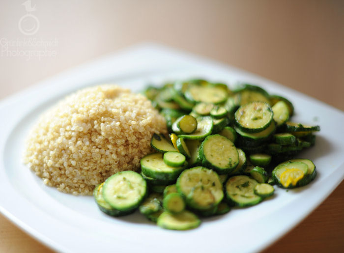 Fried Zucchini with Steamed Quinoa