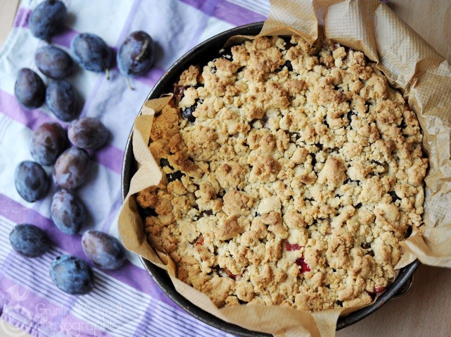 Gluten-free Plum Crumb Cake